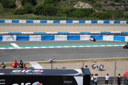 Accidente en el Gran Premio de Motociclismo de Jerez 2013 Foto 11