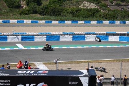 Accidente en el Gran Premio de Motociclismo de Jerez 2013 Foto 12