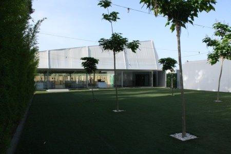 Salón de Cristal y jardines para celebraciones del Hotel La Marquesa, Granada.